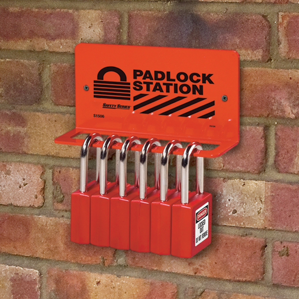 Lockout station in use